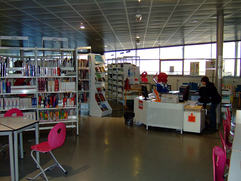 Schülerbibliothek an unserer französischen Austauschschule