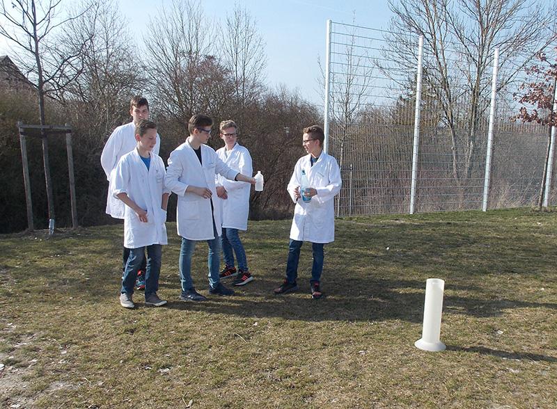 MINT-Experiment der Teilnehmer