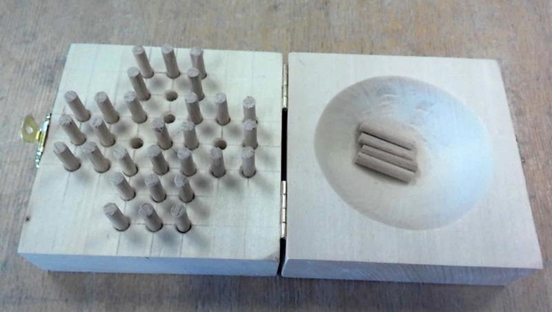 Holzspielzeug gefertigt im Unterrichtsfach Werken