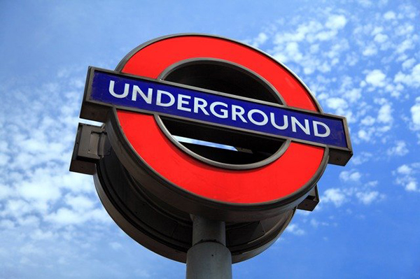 Underground-Schild in London